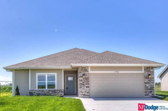 4791 Aaron Way, Fremont, NE 68025 (MLS #22001910) :: Dodge County Realty Group
