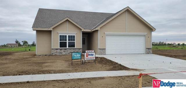 4775 Aaron Way, Fremont, NE 68025 (MLS #22001921) :: Dodge County Realty Group
