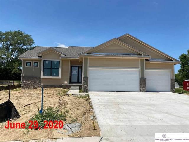 7702 S 197 Avenue, Gretna, NE 68028 (MLS #22001943) :: Capital City Realty Group