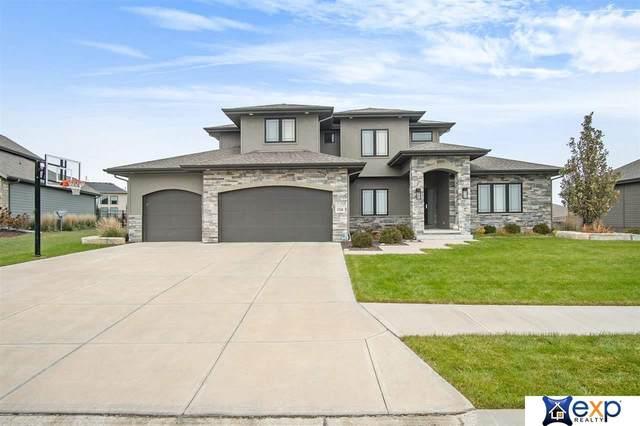 17528 Summit Drive, Omaha, NE 68136 (MLS #22002230) :: kwELITE