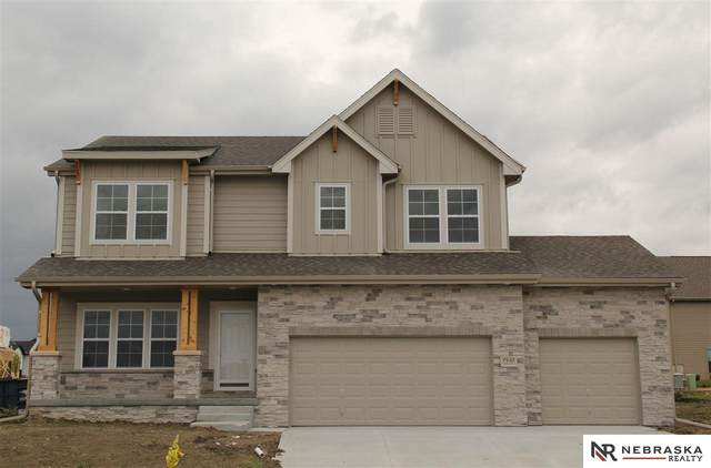 8759 S 80th Street, Lincoln, NE 68516 (MLS #22002781) :: Capital City Realty Group