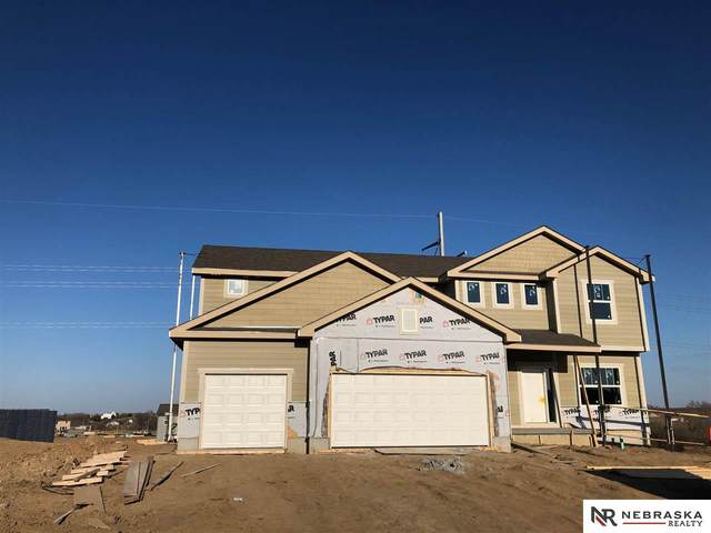 11951 S 113 Street, Papillion, NE 68046 (MLS #22004784) :: One80 Group/Berkshire Hathaway HomeServices Ambassador Real Estate