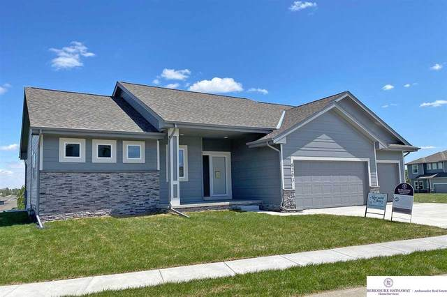 8203 N 161 Street, Bennington, NE 68007 (MLS #22004832) :: The Briley Team