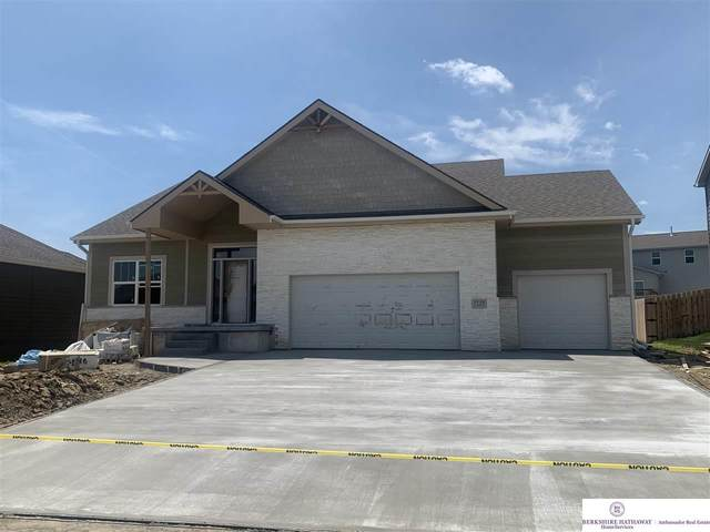 7718 S 194 Avenue, Gretna, NE 68028 (MLS #22006923) :: Omaha Real Estate Group