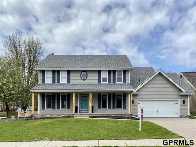 15638 Polk Circle, Omaha, NE 68135 (MLS #22008039) :: Complete Real Estate Group