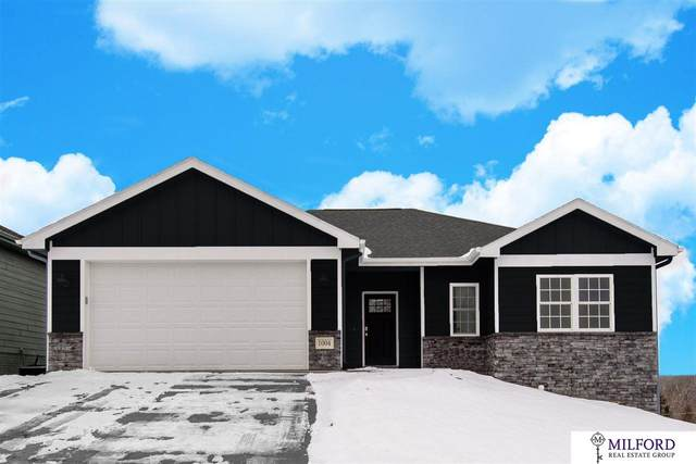 424 15 Avenue, Plattsmouth, NE 68048 (MLS #22008386) :: The Briley Team