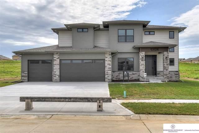 12624 S 76 Avenue, Papillion, NE 68046 (MLS #22008403) :: The Homefront Team at Nebraska Realty