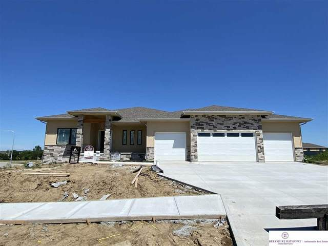 12111 S 205 Street, Gretna, NE 68028 (MLS #22008805) :: Dodge County Realty Group