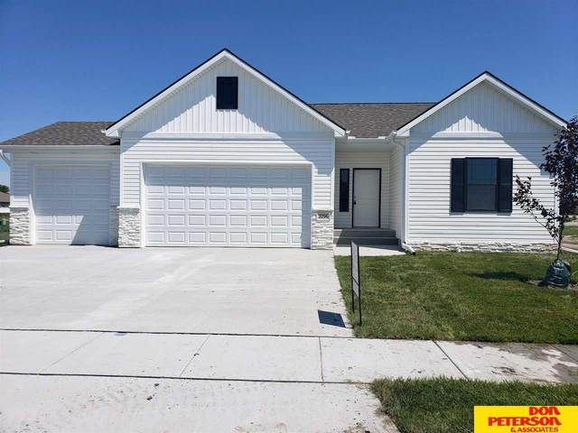 3096 Aurora Drive, Fremont, NE 68025 (MLS #22009742) :: Cindy Andrew Group