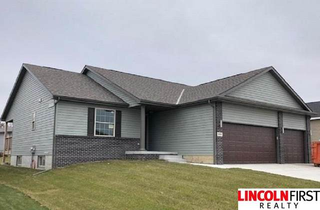 1811 NW 54Th Street, Lincoln, NE 68528 (MLS #22011457) :: The Briley Team