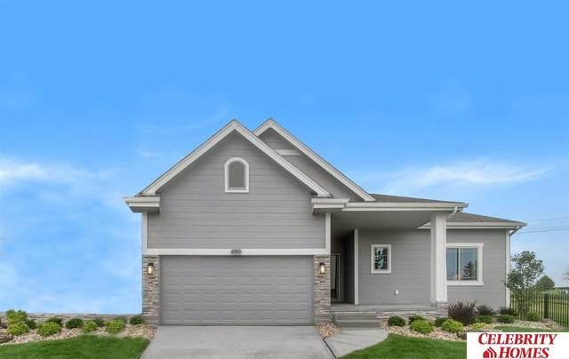 8102 King Street, Omaha, NE 68122 (MLS #22016000) :: Catalyst Real Estate Group