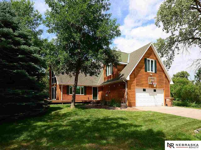 16806 Middle Lane, Gretna, NE 68028 (MLS #22017797) :: Lincoln Select Real Estate Group