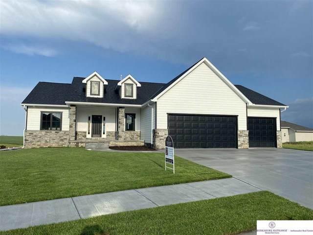 175 N 10 Avenue, Springfield, NE 68059 (MLS #22018461) :: Omaha Real Estate Group