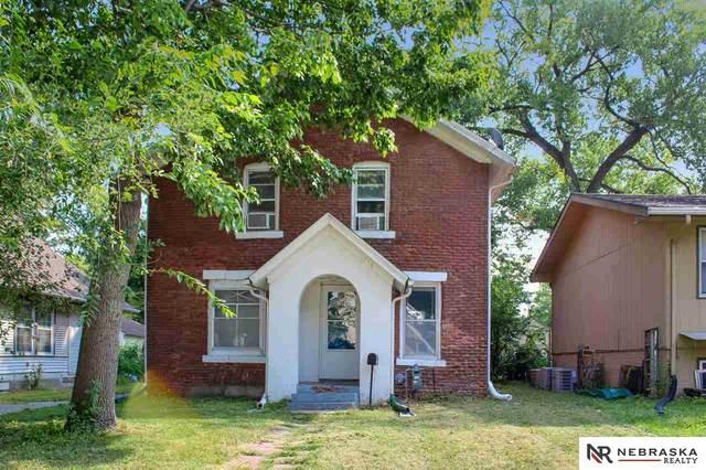 1218 N 25th Street, Lincoln, NE 68503 (MLS #22023011) :: Catalyst Real Estate Group