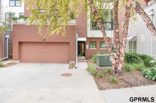 1117 Leavenworth Plaza, Omaha, NE 68108 (MLS #22023136) :: Catalyst Real Estate Group