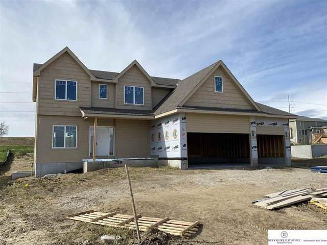 11956 S 113 Street, Papillion, NE 68046 (MLS #22025389) :: Dodge County Realty Group