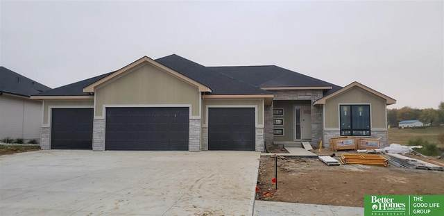 18320 N Cheyenne Road, Omaha, NE 68136 (MLS #22026409) :: kwELITE
