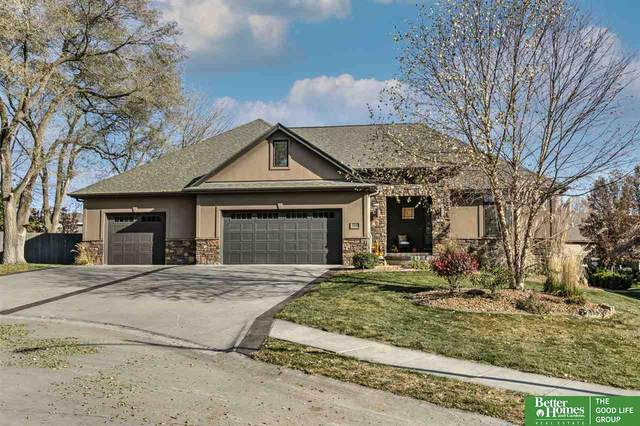 17606 Pinehurst Circle, Gretna, NE 68028 (MLS #22028997) :: Complete Real Estate Group