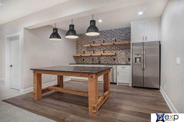 20501 Jeannie Lane, Gretna, NE 68028 (MLS #22102019) :: Stuart & Associates Real Estate Group