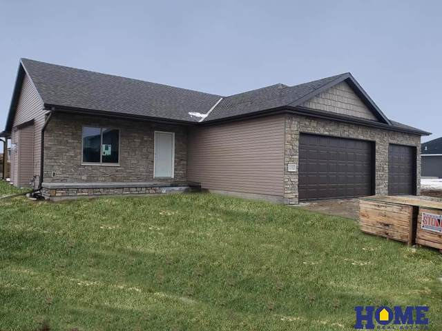1112 Terrace View Drive, Hickman, NE 68372 (MLS #22102339) :: Stuart & Associates Real Estate Group