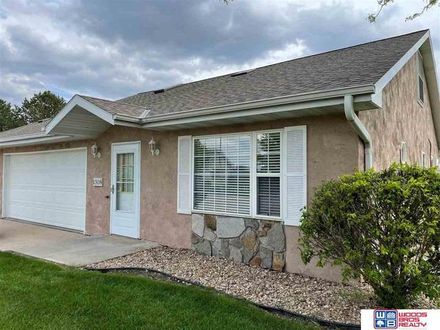 1308 27th Street, Central City, NE 68826 (MLS #22108456) :: Lincoln Select Real Estate Group