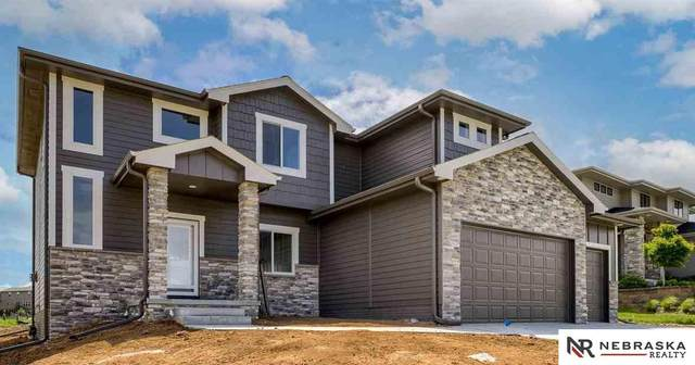 502 Brentwood Drive, Gretna, NE 68028 (MLS #22108475) :: Lincoln Select Real Estate Group