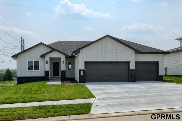 18609 Patrick Avenue, Elkhorn, NE 68022 (MLS #22111853) :: Don Peterson & Associates