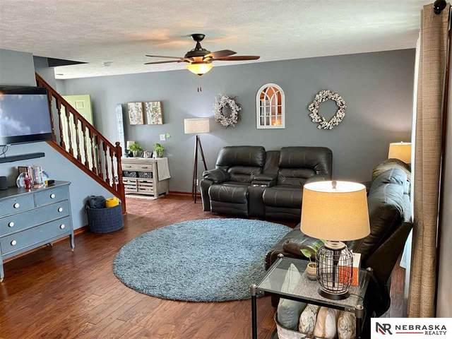 2844 W Peach Street, Lincoln, NE 68522 (MLS #22114595) :: Capital City Realty Group