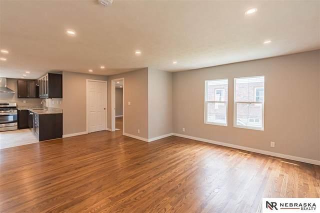 809 N 48th Street, Omaha, NE 68132 (MLS #22114940) :: Elevation Real Estate Group at NP Dodge