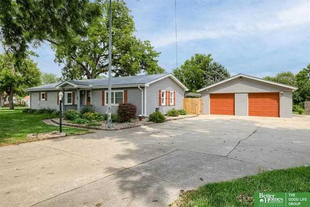 211 S 10th Street, Fort Calhoun, NE 68023 (MLS #22116096) :: Omaha Real Estate Group