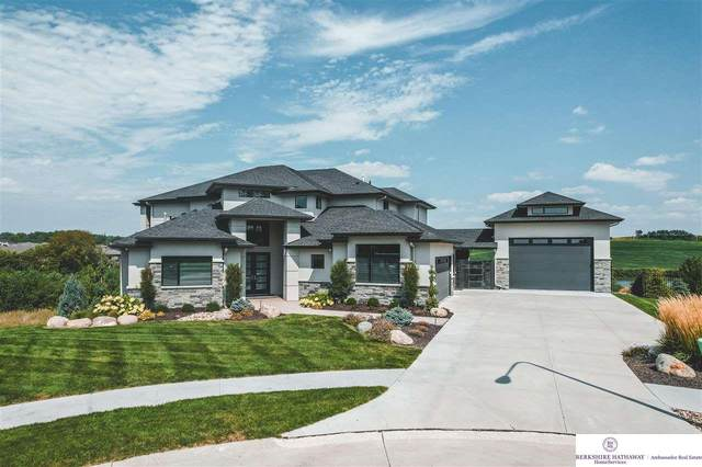 20714 Cedar Circle, Elkhorn, NE 68022 (MLS #22118466) :: Cindy Andrew Group