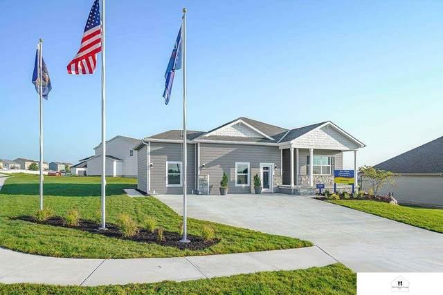 6436 Centennial Road, Papillion, NE 68157 (MLS #22119046) :: Lincoln Select Real Estate Group