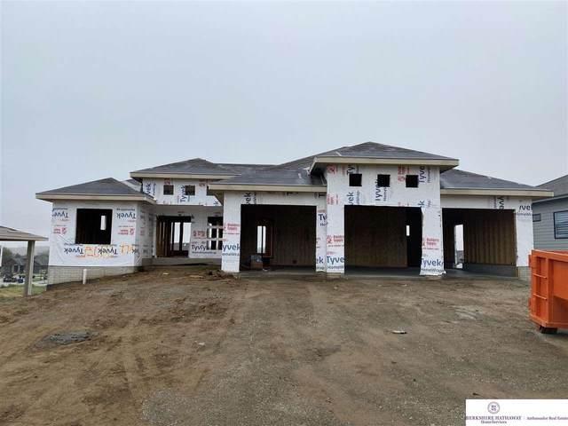 12615 S 77 Street, Papillion, NE 68046 (MLS #22120637) :: Lincoln Select Real Estate Group
