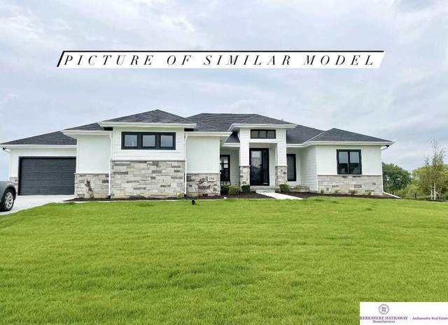 21940 Karen Street, Elkhorn, NE 68022 (MLS #22120816) :: Elevation Real Estate Group at NP Dodge