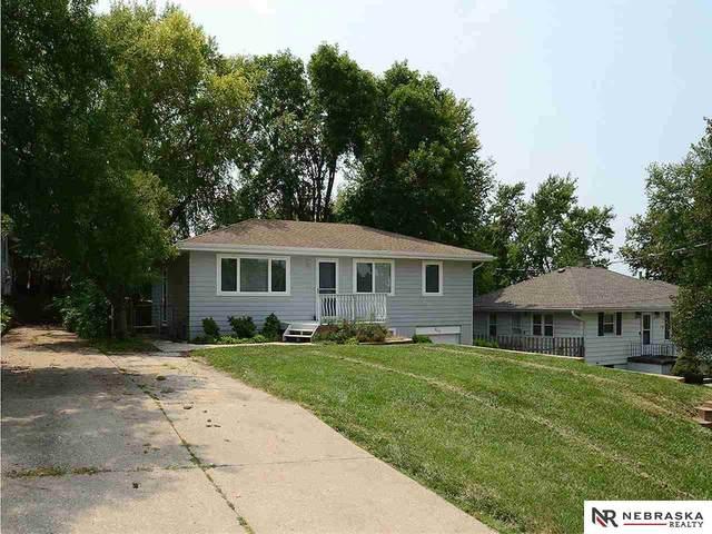 8219 Grant Street, Omaha, NE 68134 (MLS #22121251) :: kwELITE