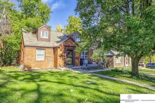 3022 Vane Street, Omaha, NE 68112 (MLS #22122810) :: Omaha Real Estate Group