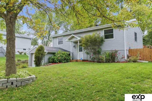 1116 N 105 Street, Omaha, NE 68114 (MLS #22123367) :: Lincoln Select Real Estate Group