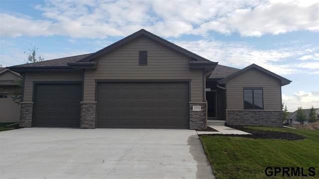 12717 Scott Street, Omaha, NE 68142 (MLS #22123434) :: Elevation Real Estate Group at NP Dodge