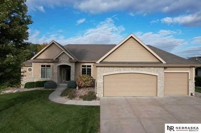 5707 S 239th Street, Elkhorn, NE 68022 (MLS #22123807) :: Lincoln Select Real Estate Group