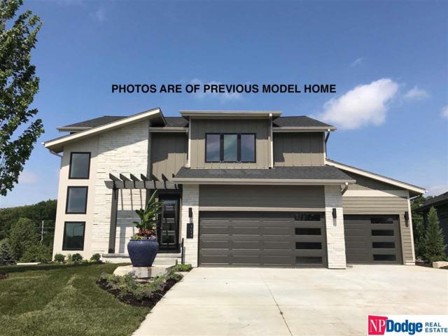 21506 B Street, Elkhorn, NE 68022 (MLS #21810943) :: The Briley Team