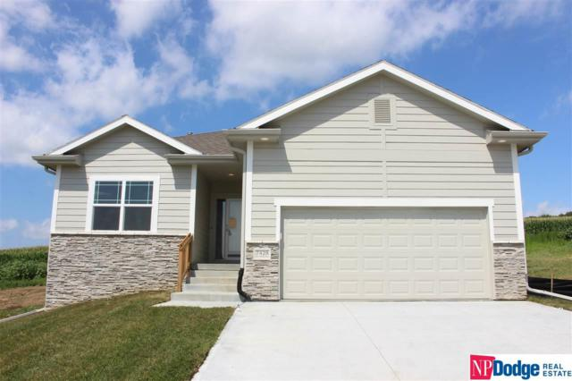 7428 N 175 Circle, Bennington, NE 68007 (MLS #21905932) :: The Briley Team