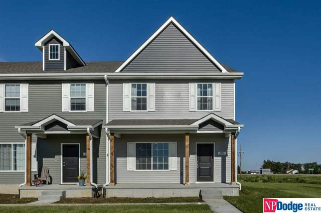 2264 Aaron Way, Fremont, NE 68025 (MLS #21921655) :: kwELITE