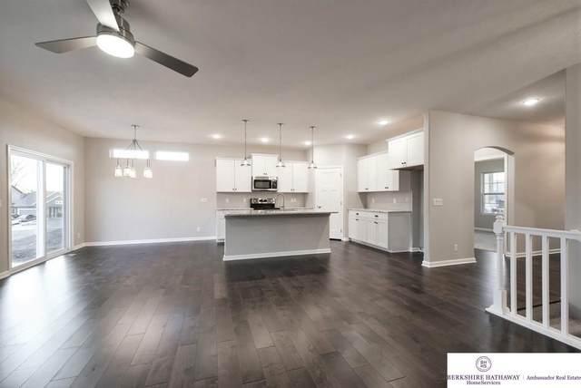 16911 Virginia Street, Omaha, NE 68136 (MLS #21922567) :: Catalyst Real Estate Group