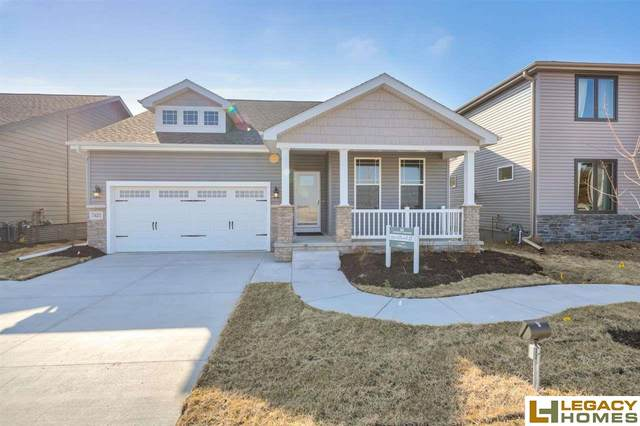 7421 N 11th Street, Lincoln, NE 68521 (MLS #21926388) :: Dodge County Realty Group