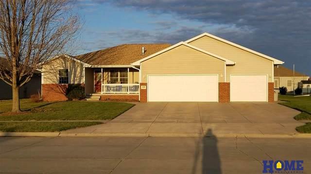 2106 N 4th Street, Seward, NE 68434 (MLS #21929681) :: Dodge County Realty Group