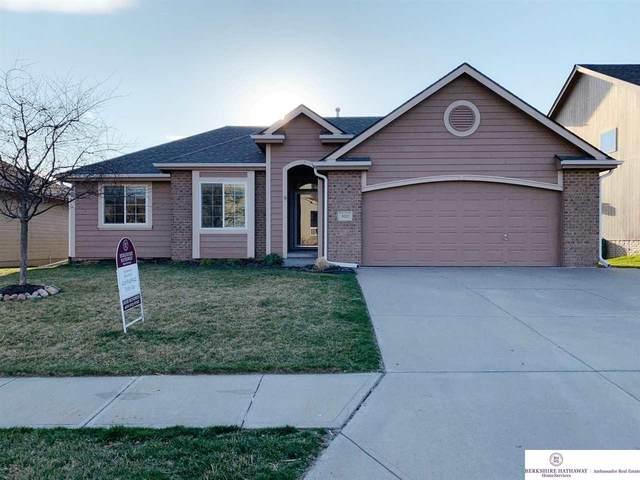 9220 S 173 Street, Omaha, NE 68136 (MLS #22004853) :: Dodge County Realty Group