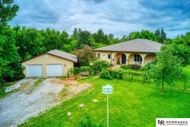 566 S 10th Road, Palmyra, NE 68418 (MLS #22010442) :: Omaha Real Estate Group