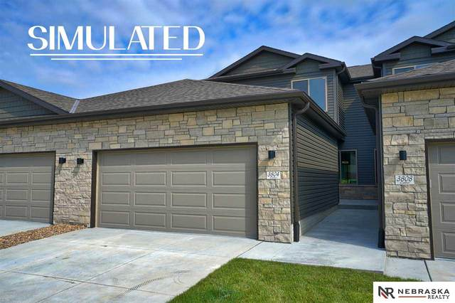 330 N Half Moon Drive, Lincoln, NE 68527 (MLS #22023403) :: Omaha Real Estate Group