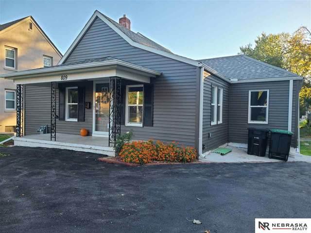 809 N 48th Street, Omaha, NE 68132 (MLS #22114940) :: Catalyst Real Estate Group