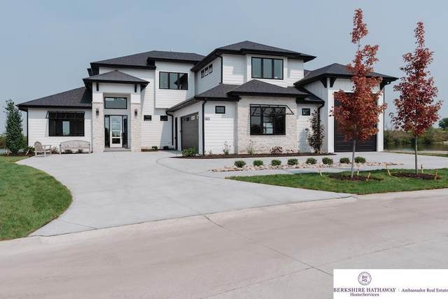 28410 Laurel Circle, Valley, NE 68064 (MLS #22115004) :: kwELITE